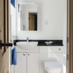 Ensuite in 2 The Elms